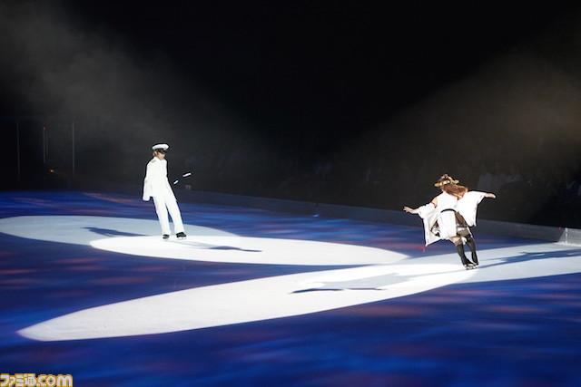 Admiral gespielt von Takahito Mura im Kancolle Eiskunstlauf-Event in Japan